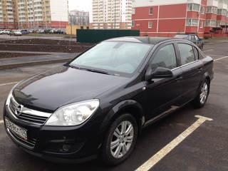 Opel Astra, Седан 2012